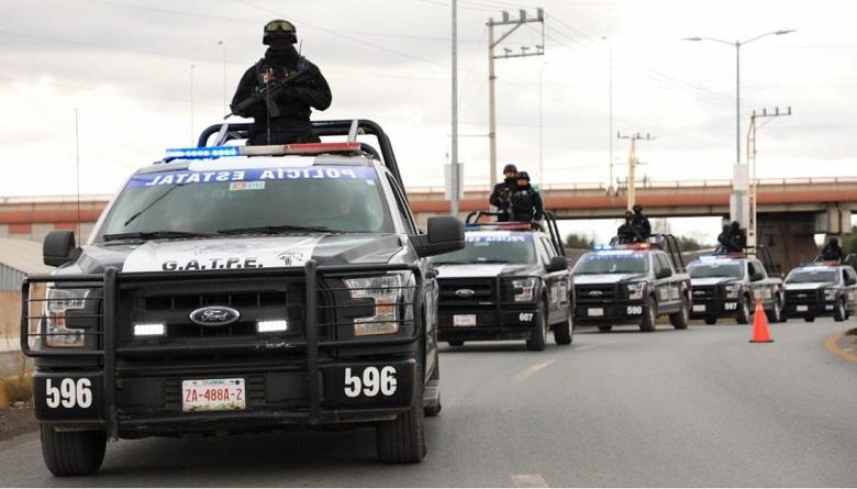 Detienen en Jerez a tres personas, les aseguran armas de fuego; una es texana